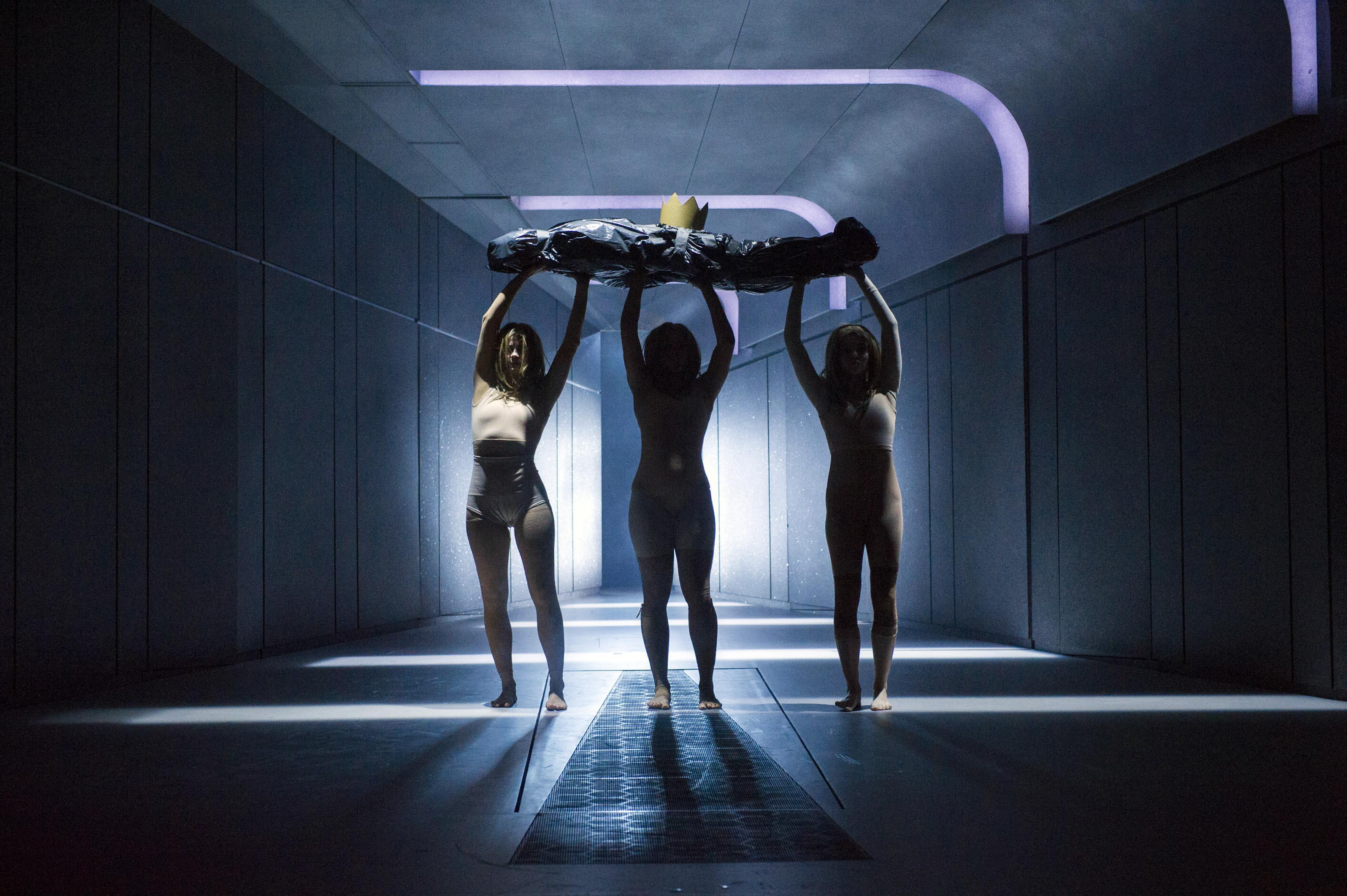 Clemmie Sveaas, Jessie Oshodi and Ana Beatriz Meireles in Macbeth. Photo by Richard Hubert Smith