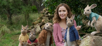 peter-rabbit-rose-byrne