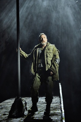 Macbeth UK Tour 2018/19 Royal National Theatre London _R027582