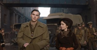 Nicholas Hoult:Lilly Collins