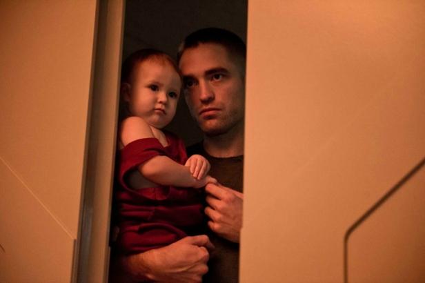 Robert Pattinson & Baby
